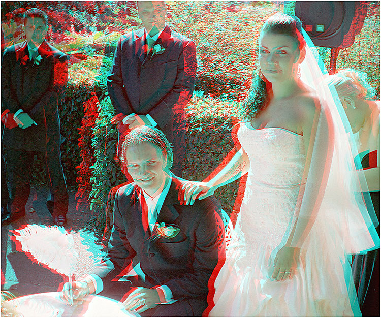 Hamish and Gemma Booth. 3-D Wedding Photography by Marc Dawson